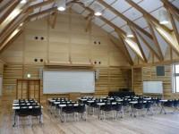 木造校舎多目的ホール