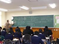 1・2年教室(授業風景)